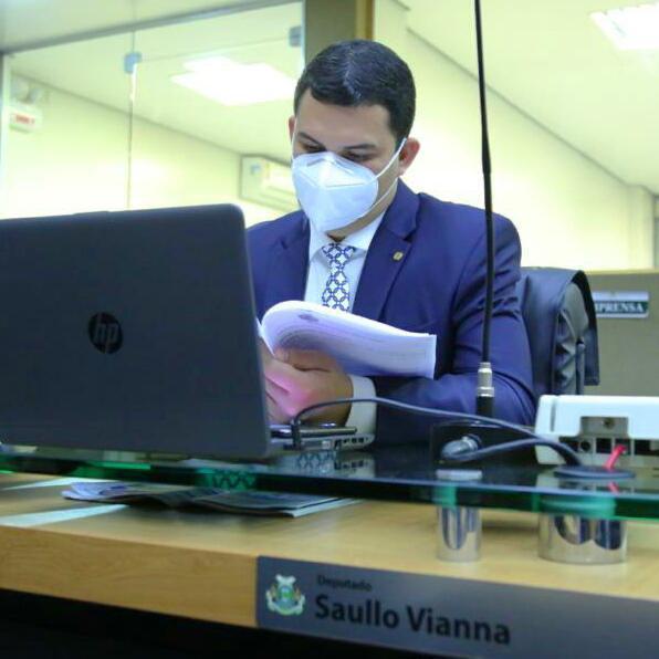 Saullo Vianna pede retomada de obras da UEA em Tapauá