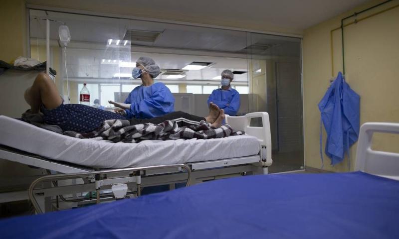 Brasil tem 2.667.241 casos de Covid-19, informa consórcio de veículos da imprensa