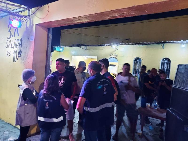 Central Integrada de Fiscalização autua sete estabelecimentos e interdita outros quatro em Manaus