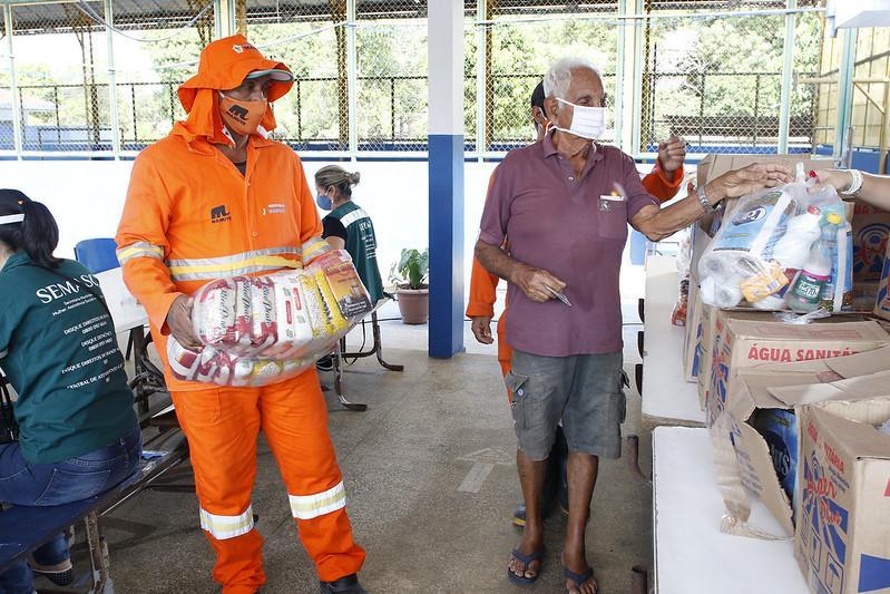 Doações recebidas da Embaixada americana contemplam 2,8 mil famílias em Manaus