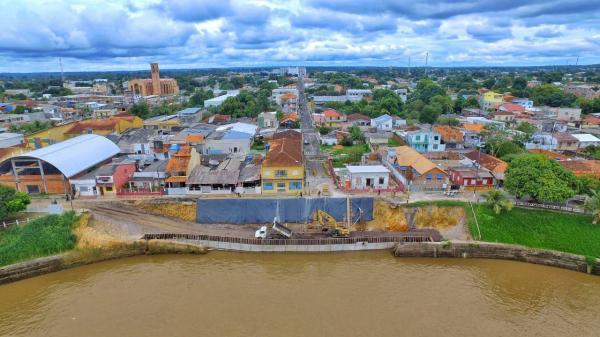 Muro de arrimo: Prefeitura de Parintins faz levantamento topográfico da orla da cidade