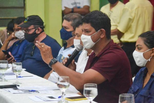 Em reunião política, Bi Garcia alinha a realização de convenção partidária no domingo (13)