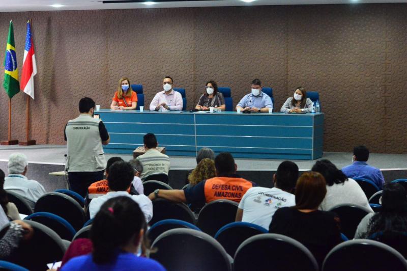 Encontro para avaliar resposta à pandemia inicia em Manaus