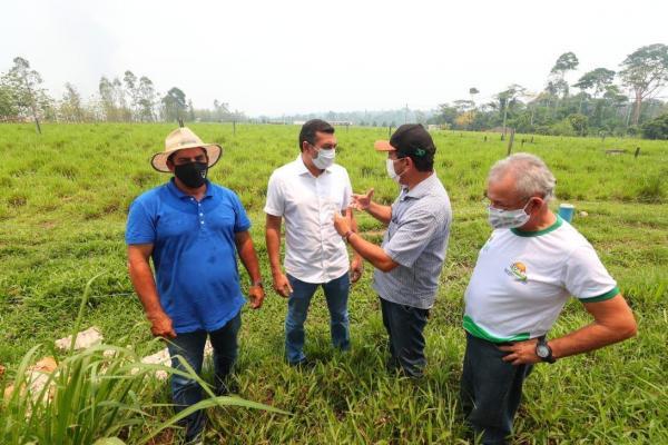 Governador Wilson Lima reforça implantação do 'Amazonas Mais Verde' e entrega implementos agrícolas para produtores rurais de Matupi