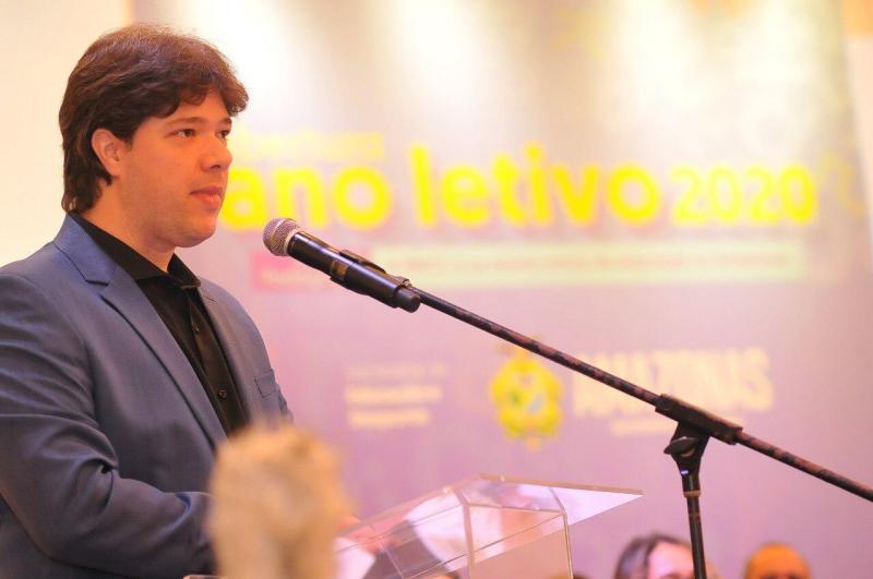 Em evento internacional, secretário de Educação do AM discute desafios da volta às aulas presenciais