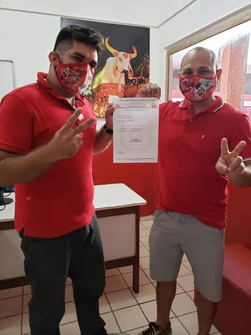Sorin Sena e Nildo Dias oficializam inscrição da chapa na eleição do Garantido