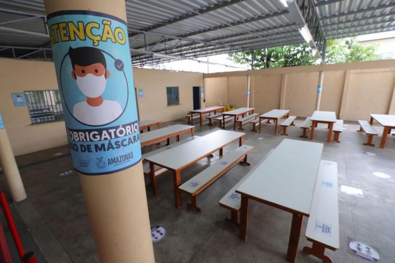 Escolas de Ensino Fundamental adaptam estrutura para retorno das aulas