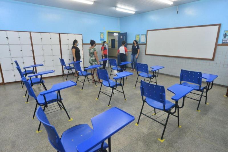 Volta às aulas presenciais: alunos da rede estadual deverão seguir protocolos de segurança