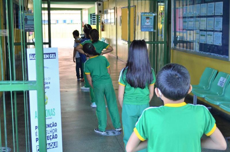 Maior escola estadual de Ensino Fundamental da zona norte retorna às aulas com protocolos de segurança
