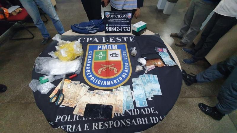 Trio é preso suspeito de realizar assaltos e roubos a casas na Zona Leste de Manaus