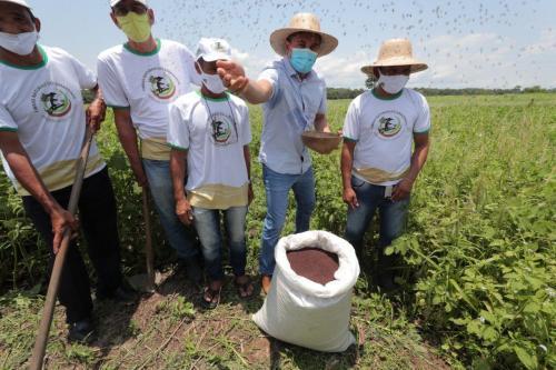 Em Manacapuru, Wilson Lima anuncia pagamento de R$ 3,2 milhões em subvenções para a juta e a malva