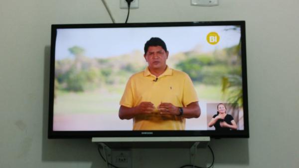 Em seu primeiro programa eleitoral de 2020, Bi Garcia destaca a atenção para o combate a COVID-19 em Parintins