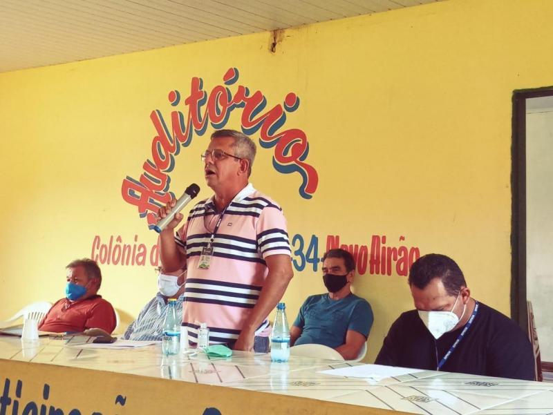Governo do Amazonas trata de avanços para o setor pesqueiro durante encontro em Novo Airão