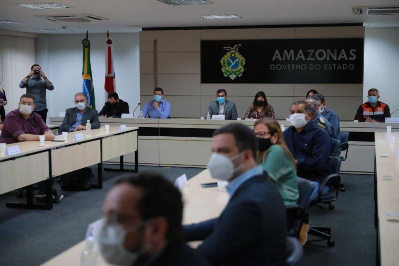 Covid-19: Ao descartar fim de restrições no curto prazo, Wilson Lima anuncia decreto com medidas de prevenção para período eleitoral
