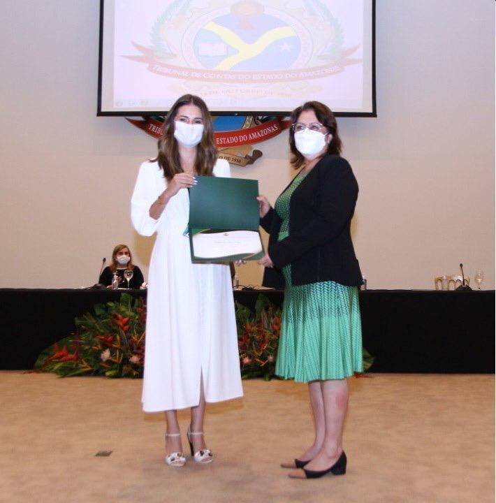 FVS recebe homenagem do TCE por enfrentamento da pandemia de covid-19 no Amazonas