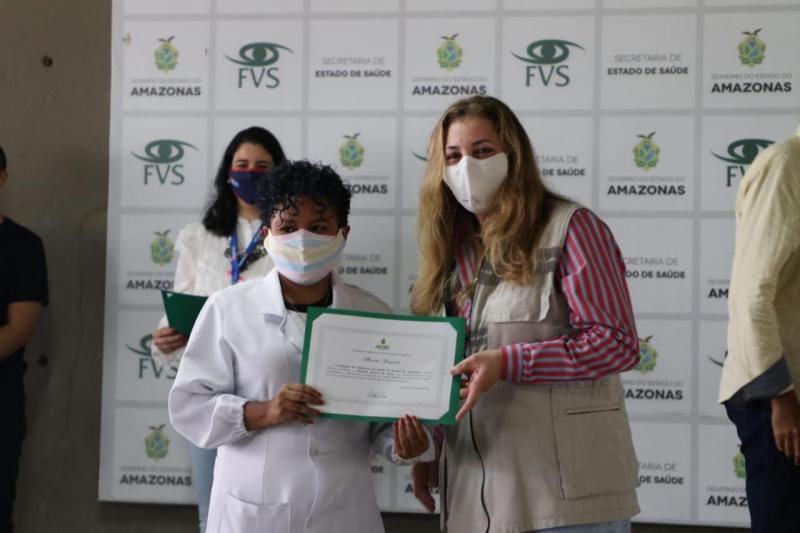 Testagem para Covid-19 atinge 11 mil profissionais de educação em Manaus