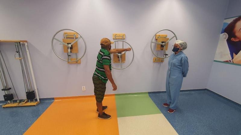 No Delphina Aziz, ambulatório para pacientes com sequelas da Covid-19 tem equipe multiprofissional