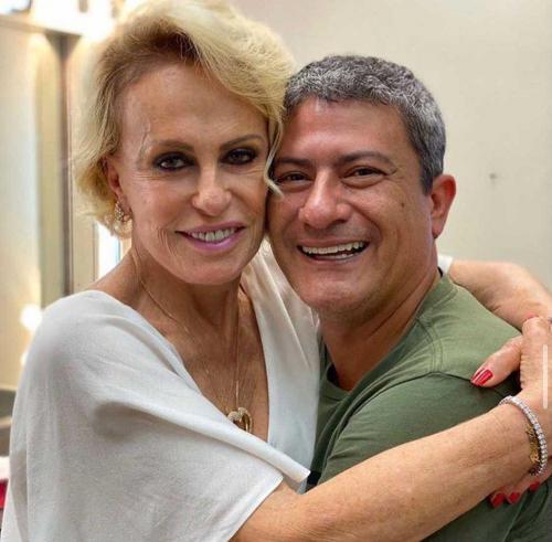 Ana Maria Braga lamenta a morte do ator Tom Veiga, o Louro José, do 'Mais Você'