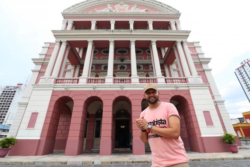 """Campanha """"Natal Solidário"""" do Governo do Estado terá live-show no palco do Teatro Amazonas"""