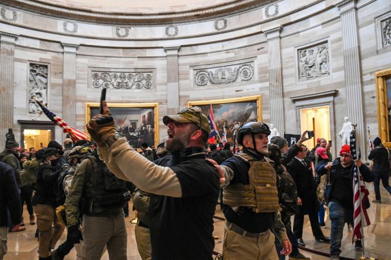 'Autogolpe de Trump fracassou por não ter apoio militar', diz Stephen Levitsky, autor de Como as Democracias Morrem
