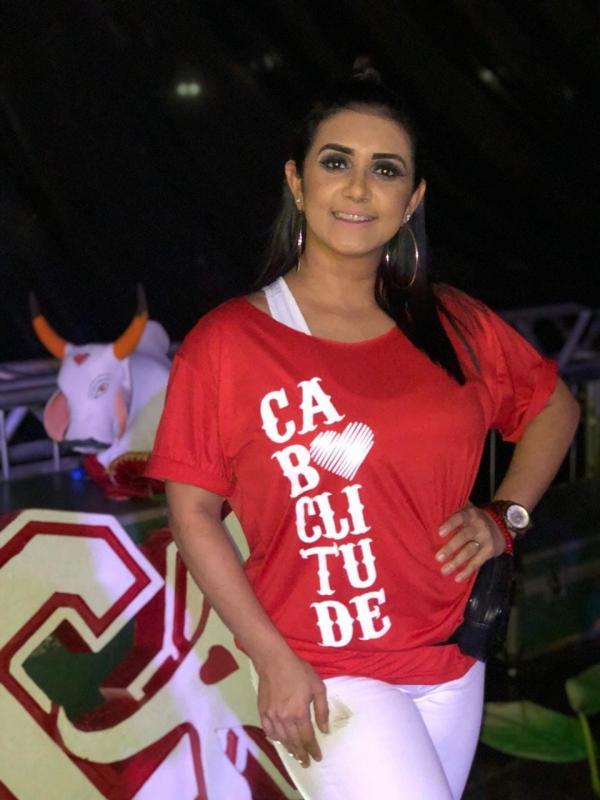 Roci Mendonça cantora e backing vocal do Garantido morre de Coronavírus em Manaus