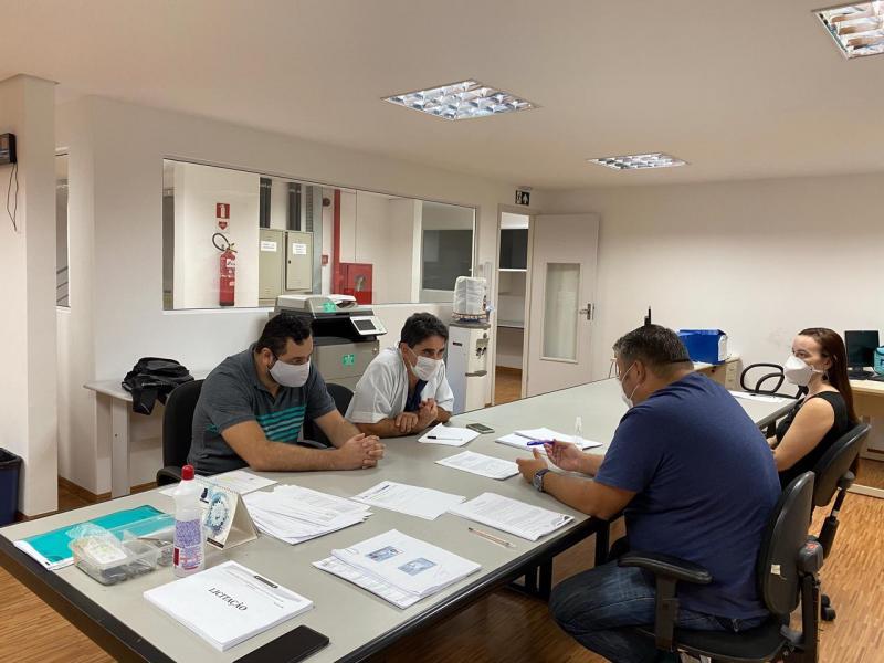 Governo do Amazonas seleciona propostas de empresas para prestação de serviços no Hospital Nilton Lins