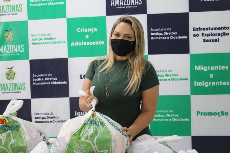 Instituições doam cestas básicas e EPIs para ajudar públicos vulneráveis atendidos pela Sejusc