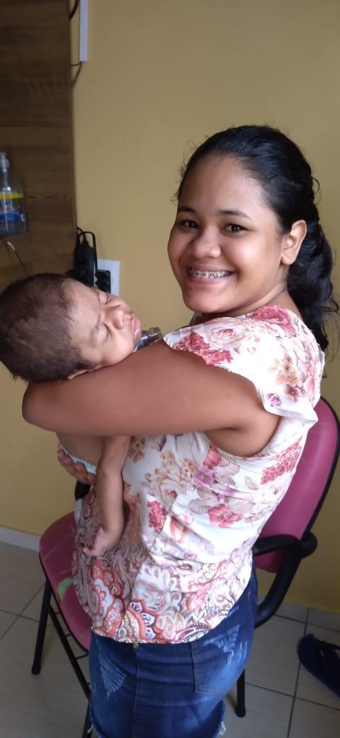 Defesa Civil do Amazonas realiza entrega de doações e reposição de oxigênio