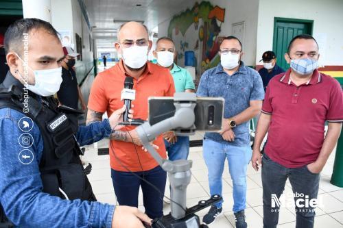 Cabo Maciel entrega 400 cestas básicas para famílias itacoatiarenses