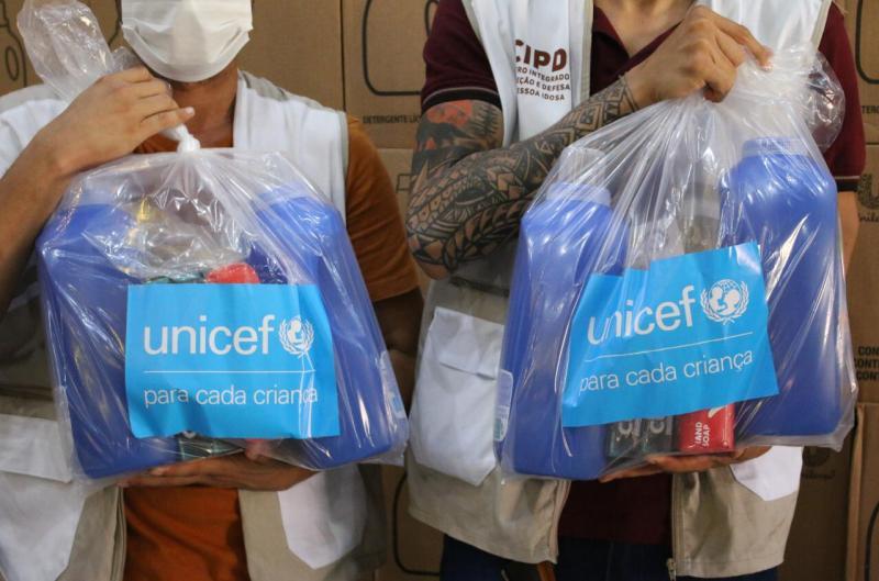 Sejusc recebe doação de 850 kits de higiene do Unicef e da Pharmakos D'Amazônia