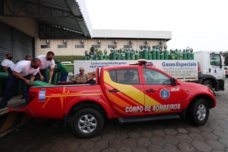 Governo do Amazonas enviou mais de 1,3 mil cilindros de oxigênio para municípios do interior