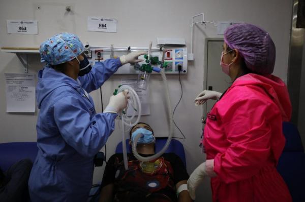 Aumenta hospitalização de coronavírus entre pessoas de 20 a 59 anos no Amazonas