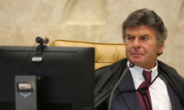 Para Fux, posição do STF sobre prisão de deputado é primeiro passo para reduzir racha na corte