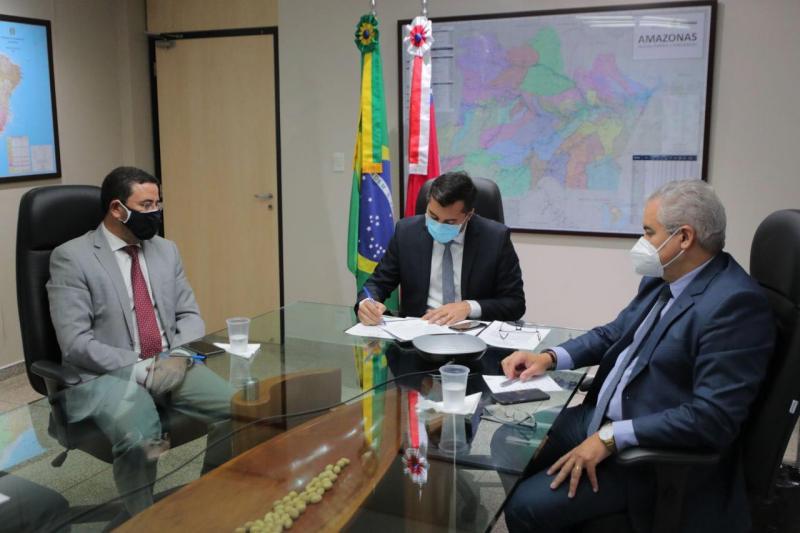 Wilson Lima assina protocolo de intenções com Banco da Amazônia para destinar R$ 1,1 bilhão a projetos econômicos
