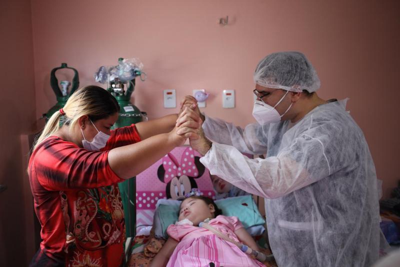 Criança hospitalizada desde o nascimento será acompanhada pelo Governo do Amazonas no programa 'Melhor em Casa'