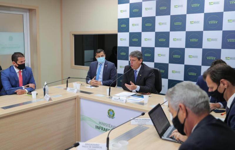 Obra de pavimentação da BR-319 inicia no segundo semestre, diz ministro da Infraestrutura em reunião com Wilson Lima