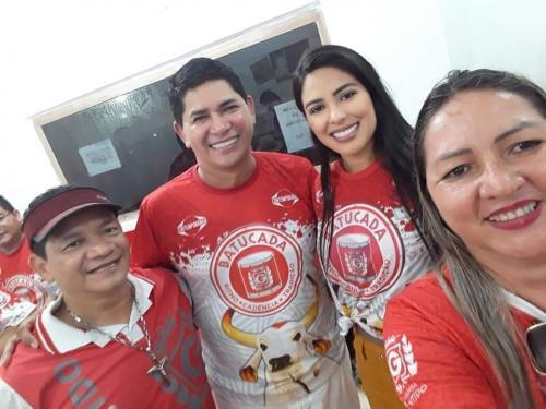 Junior de Souza tinha na cenografia a arte de surpreender na arena, afirma prefeito Bi Garcia em nota de pesar