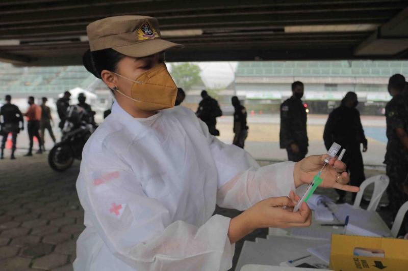 Ministério da Saúde emite nota técnica com inclusão dos profissionais de Segurança e Forças Armadas na vacinação