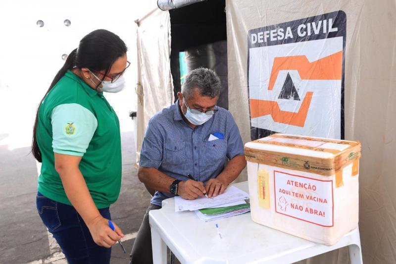 Governo do Amazonas realiza distribuição de vacinas da 11ª remessa para municípios