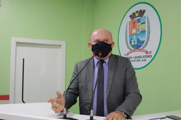 Pandemia da COVID-19 ainda não passou e é perigosa, alerta vereador Cabo Linhares