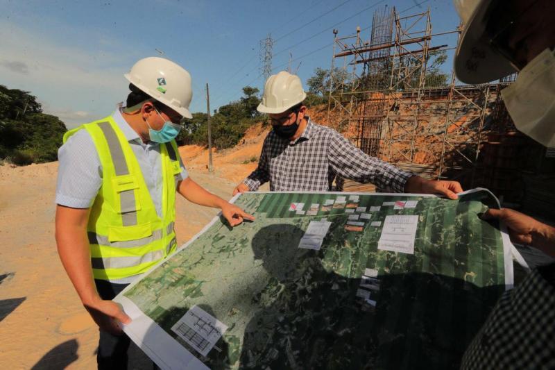 Governador Wilson Lima vistoria obras do Anel Leste e destaca geração de mais de 5 mil empregos