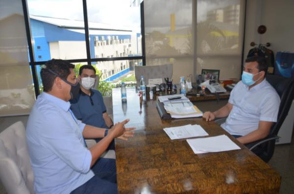 Prefeito Bi Garcia alinha investimentos com o Governo do Estado