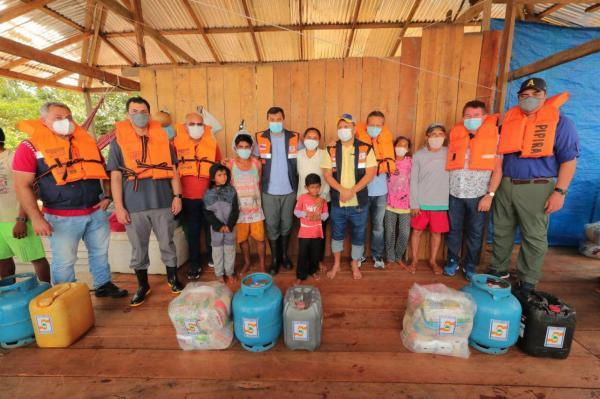 Carauari e Juruá recebem apoio de Wilson Lima, cidades estão alagadas