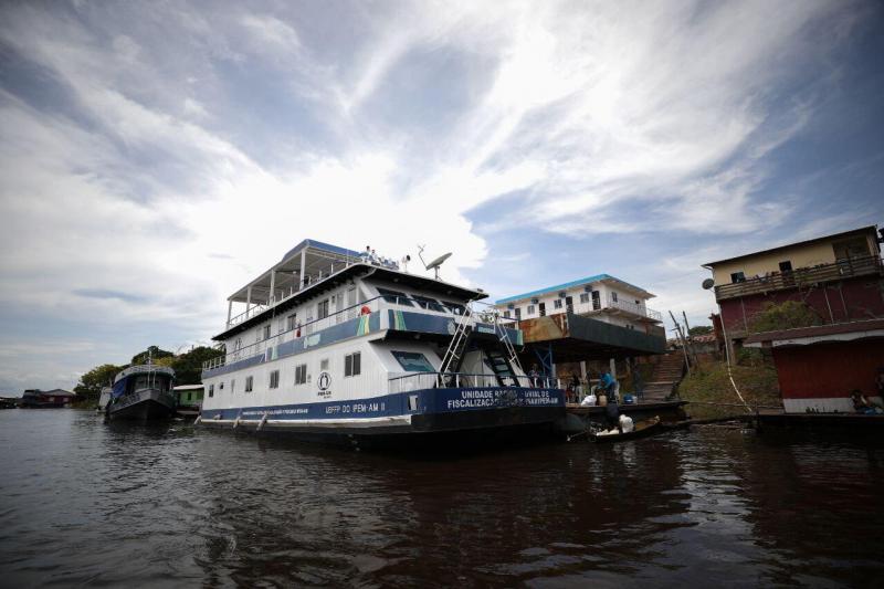 População de Tapauá recebe serviços essenciais gratuitos em Unidade Fluvial do Ipem-AM
