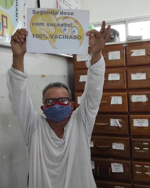 Carlos Paulain compositor do Caprichoso tomou a segunda dose da vacina contra a COVID-19