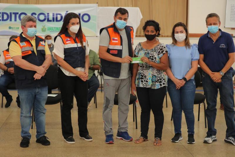 Com entrega em Lábrea, ajuda humanitária do Governo do Amazonas já chegou a 12 municípios afetados pela cheia
