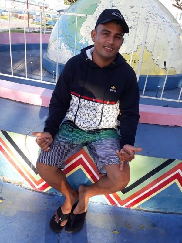 Jovem vendedor morre de acidente de trânsito na Armando Prado