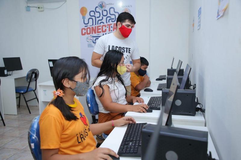 Governo do Amazonas entrega cerca de R$ 140 mil por meio de edital para setor social em Manaus
