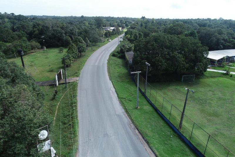 Governo do Amazonas assina contrato destinado à manutenção, conservação e sinalização da Rodovia AM-010
