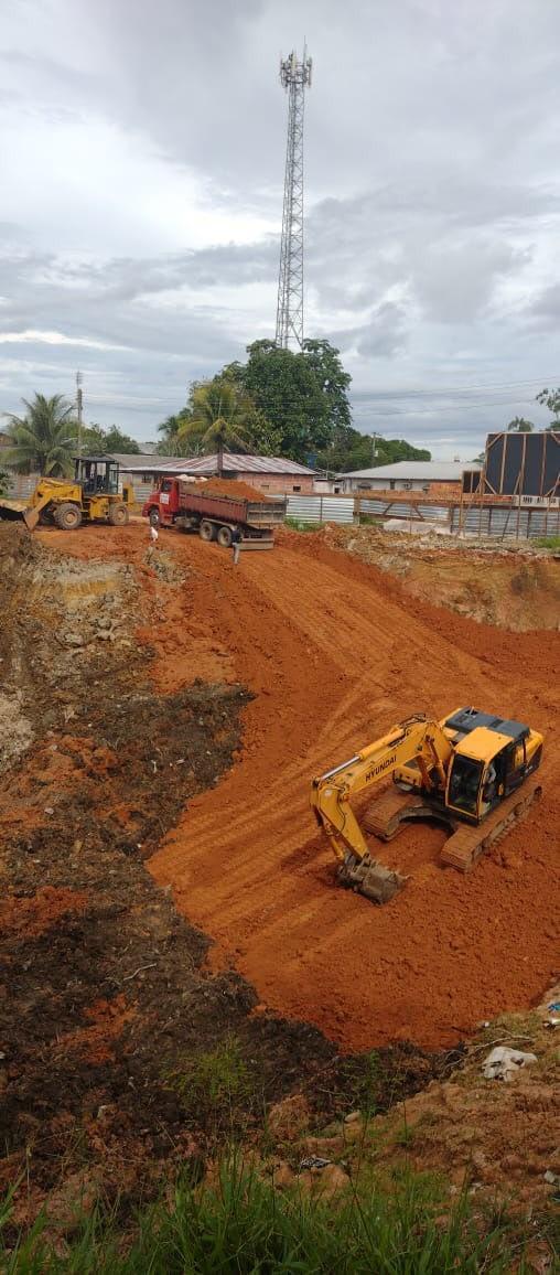 Governo do Amazonas avança na recuperação da orla de Japurá